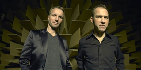 Safri Duo in anechoic chamber at DTU Elektro (Photo: DTU Elektro)